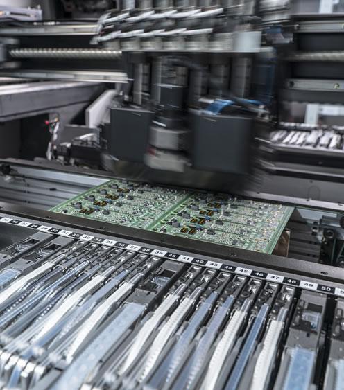 montaggio-componenti-smd